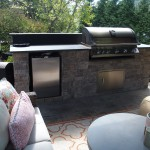 Outdoor kitchen & bbq area